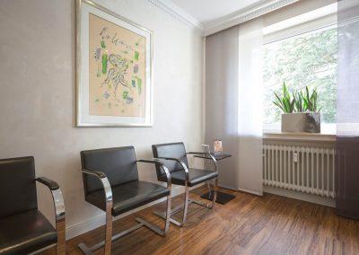 Wartezimmer in der Zahnarzt Praxis Frie in der Neuenkirchener Str. 2 in Gütersloh